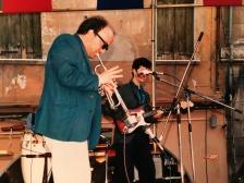 Massimo Donà con MAURIZIO TRIONFO in concerto a Mestre nella seconda metà degli anni 80