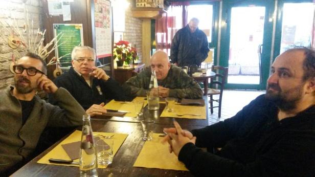 Si ordina da mangiare - DAVIDE RAGAZZONI E MICHELE POLGA con ANTONIO MORGANTI E GIORGIO SPOLAOR a Mira, durante la pausa pranzo tra una seduta di registrazione e l'altra