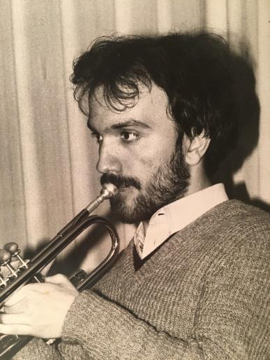 Massimo Donà con barba e baffi tanto tempo fa...