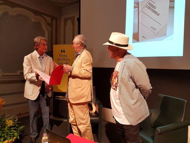 italo-zannier-e-massimo-dona-insigniti-del-titolo-di-soci-onorari-del-circolo-della-stampa-di-pordenone-15-settembre-2016