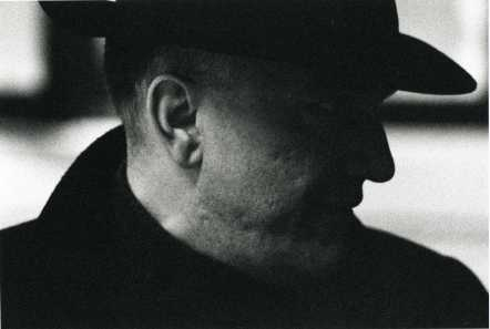 Massimo Donà con cappello