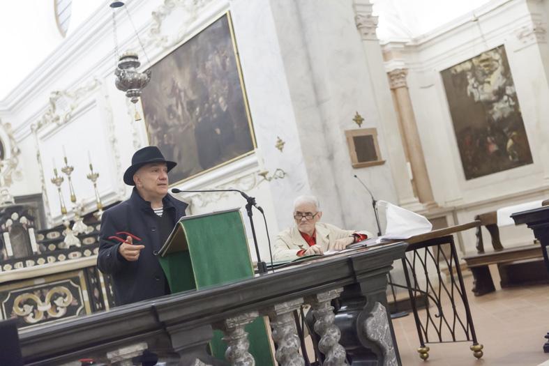 massimo donà dialoga con carlo invernizzi ad ASTINO (Bergamo) il 20 ottobre 2015