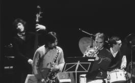 JAZZ FORMS in concerto nella prima metà degli anni 80 (con Maurizio Caldura al sax, Davide Ragazzoni alla batteria e Mark Abrams al contrabbasso)
