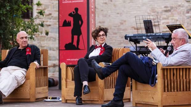 Massimo Don+á Lucrezia Ercoli e Giulio Giorello a PESARO