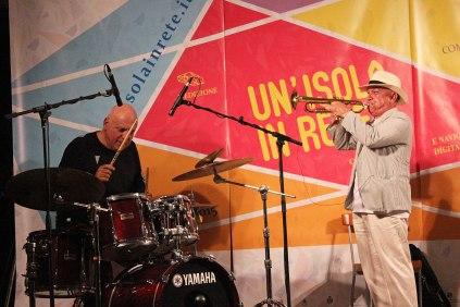 Massimo Donà e Davide Ragazzoni a CASTELSARDO durante il concerto del 20 settembre 2015 (suonava con loro anche Michele Polga)