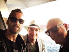 Michele Polga (sax), Massimo Donà (tromba), Davide Ragazzoni (batteria) sull'aliscafo che li porta ad Ischia per il Concerto del festival della filosofia a fine settembre del 2016.