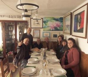 Massimo Donà con una bella combriccola nel giorno del suo Sessantesimo compleanno a casa di Flaminio e Lia a S. Pietro di Feletto