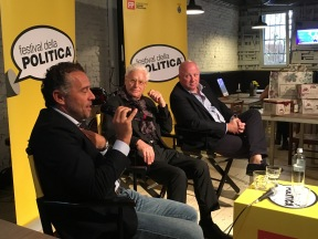 Festival della politica di Mestre nel 2017 - Gianni Moriani con DARIO LOISON E GIANCARLO PERBELLINI... DUE MITI DELLA PASTICCERIA VENETA.jpg