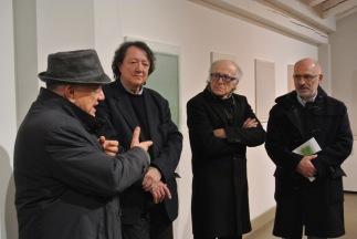 il 24 novembre del 2017 si inaugura la mostra di VIncenzo Cecchini (curata da Giorgio Costantino e presentata da Claudio Cerritelli) - Massimo Donà improvvisa un interevento sulla most