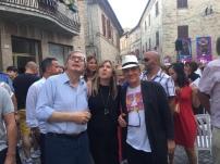 Massimo Donà con DANIELA TISI e VITTORIO SGARBI prima di una conferenza a LORO PICENO