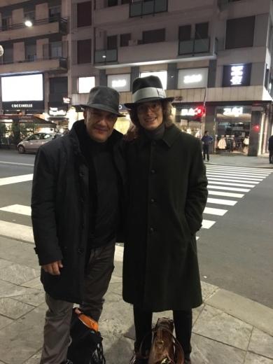 Massimo Donà con DAVIDE MOGETTA in Corso Buenos Aires a MILANO (2017)