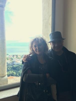 Massimo Donà con Enrica Lisciani Petrini a SCALA in costiera amalfitana nel 2017