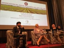 Massimo Donà con M. Allegrini e F. Valagussa durante la presentazione del master in filosofia del cibo e del vino a MADRID (presso l'Istituto Italiano di Cultura)
