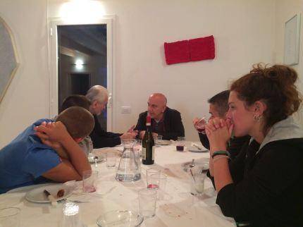 Massimo Donà dialoga a tavola con il poeta CARLO INVERNIZZI