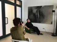Seduta fotografica nello studio dell'artista GIGI VIOLA (la fotografa è Raffaella Toffolo)