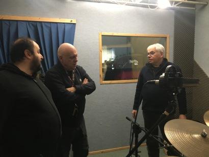 ANTONIO, DAVIDE e GIORGIO durante la registrazione delle batterie di IPERBOLICHE DISTANZE di Massimo Donà