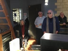 ENRICO RAVA sta ascoltando il proprio solo in DABADADA del nuovo cd di MASSIMO DONA' (IPERBOLICHE DISTANZE) inverno 2018